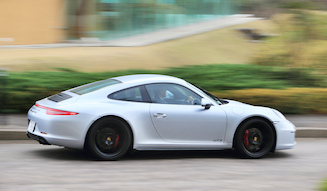 Porsche 911 Carrera 4 GTS|ポルシェ カレラ 4 GTS