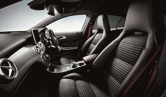 Mercedes-Benz GLA 180 Sports White & Black Edition メルセデス・ベンツ GLA 180 スポーツ ホワイト&ブラック エディション