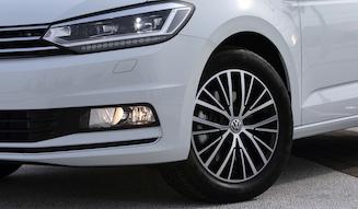 Volkswagen Golf Touran|フォルクスワーゲン ゴルフ トゥーラン