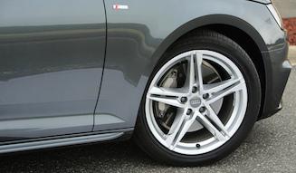 Audi A4|アウディ A4
