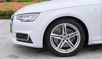 Audi A4 Avant 2.0TFSI quattro アウディ A4アヴァント 2.0TFSI クワトロ 02