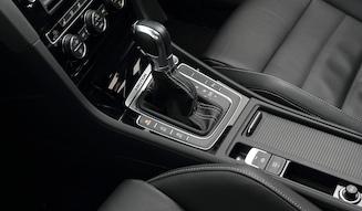 Volkswagen Golf R Variant |フォルクスワーゲン ゴルフ R ヴァリアント