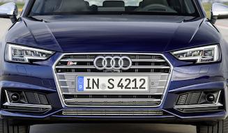 s_06_Audi_S4_AV_exterior_004_large_01