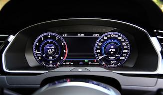 Volkswagen Passat 2.0TSI R-line|フォルクスワーゲン パサート2.0TSI R-line