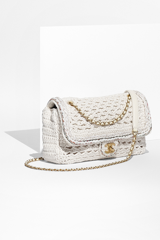 04_White-toile-backpack-embroidered-with-golden-and-white-sequins-A93671-Y61156-C0290_1