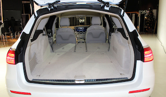 s_08_Mercedes-Benz-E-Class-Stationwagon