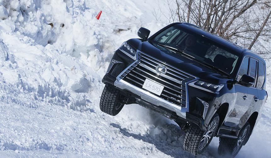 lexus-snow_005