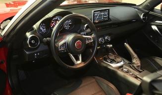 Fiat 124 Spider Classica|フィアット 124スパイダー クラシカ