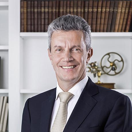 09_Daniel-Riedo,-CEO