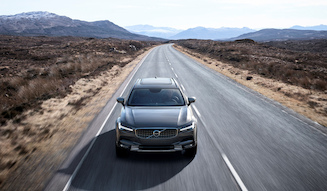 s_42_198313_New_Volvo_V90_Cross_Country_Driving