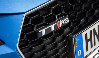 s_013_Audi-TTRS