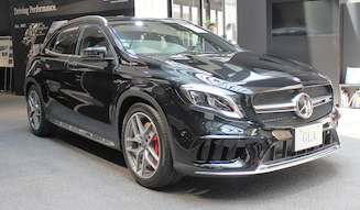 s_024_Mercedes-Benz-GLA
