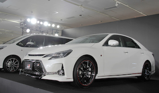 s_061_toyota_GR_mark_x