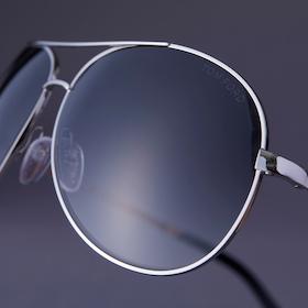 s_002_best7_11_sunglasses_cube