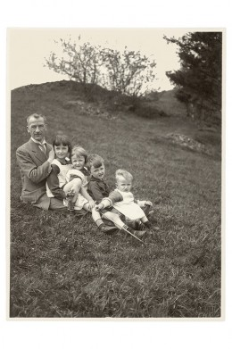 ALS_1926_WL_far_right_father_with_siblings_a5