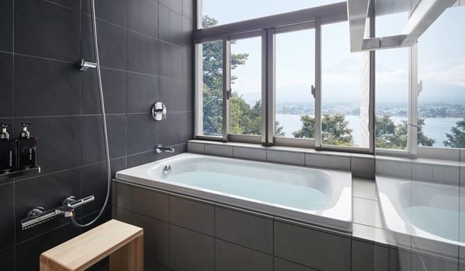 17_【星のや富士】キャビン浴室-