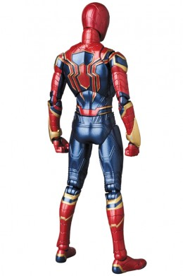 mafex_ironspider_04