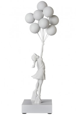 flying_balloons_girl_02