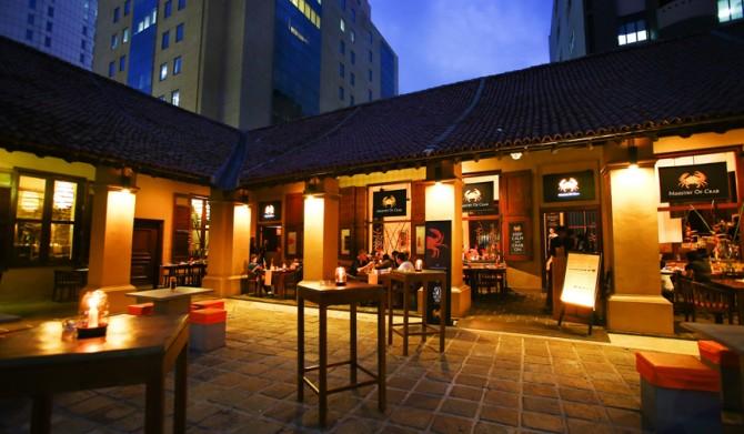 MOC-Restaurant-Exterior-2