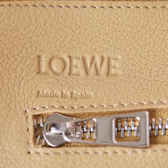 560-loewe-04