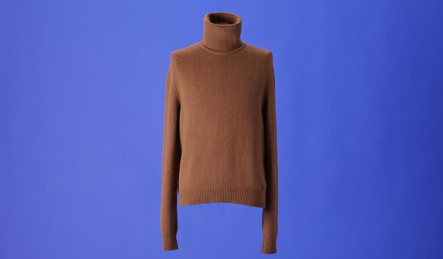 タートルネックセーター