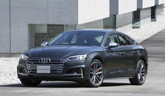 Audi A5 アウディA5