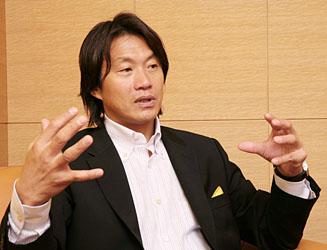 ネーヴェ代表 岡部哲也さん(2)「ヨーロッパでプロフェッショナルを学ぶ」