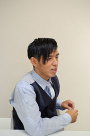 SAKURA × 永富千晴対談(前編-3) 「ウェブ世代の化粧品選び」><p class=