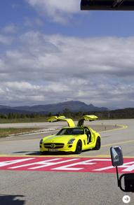 ガルウイングをもったスーパーEV|メルセデス・ベンツ SLS AMG E-CELL|05
