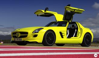 ガルウイングをもったスーパーEV|メルセデス・ベンツ SLS AMG E-CELL|07