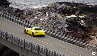 ガルウイングをもったスーパーEV|メルセデス・ベンツ SLS AMG E-CELL|10