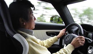 ガルウイングをもったスーパーEV|メルセデス・ベンツ SLS AMG E-CELL|河村康彦