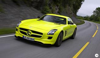 ガルウイングをもったスーパーEV|メルセデス・ベンツ SLS AMG E-CELL|09