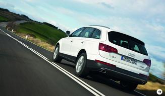 Audi アウディ Q7 Photo02