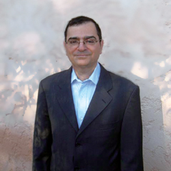 Francis Hadji-Minaglou|フランシス・アジミナグロウ