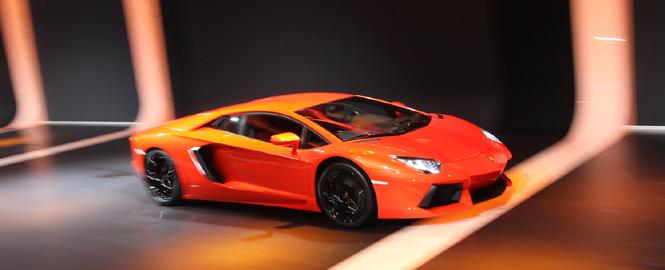 ランボルギーニ アヴェンタドール LP 700-4|Lamborghini Aventador LP 700-4