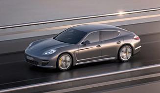 Porsche Panamera turbo S|ポルシェ パナメーラ ターボ S