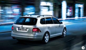 Volkswagen Golf Variant│フォルクスワーゲン ゴルフ ヴァリアント 装備充実のプレミアムエディションが誕生|02