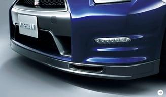 さらに進化した「日産 GT-R」2012年モデル公開! NISSAN 03