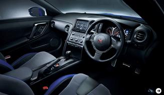 さらに進化した「日産 GT-R」2012年モデル公開! NISSAN 05