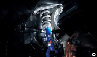 さらに進化した「日産 GT-R」2012年モデル公開!|NISSAN|04