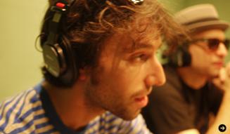 ベース・ボーカル Dan Edinburg