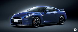 日産GT-R 2012年|匠による地道な錬磨が生んだクルマ|02
