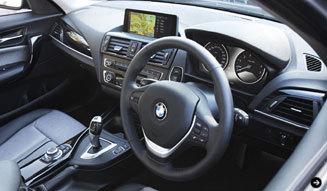2代目 BMW 1シリーズに試乗! BMW 06