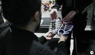adidas|松浦俊夫、パーソナルカスタマイズシューズ「mi adidas」オーダー 08