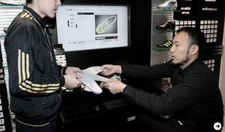 adidas|松浦俊夫、パーソナルカスタマイズシューズ「mi adidas」オーダー 09
