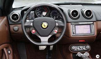 フェラーリ 2台のV8モデルをテストドライブ!|Ferrari|04
