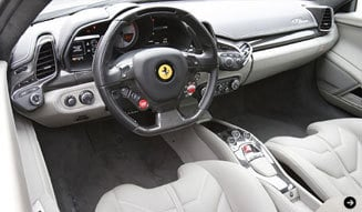 フェラーリ 2台のV8モデルをテストドライブ!|Ferrari|09