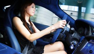 清水久美子が最強のマセラティに試乗 Maserati 03