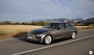 約7年ぶりのフルモデルチェンジをはたしたBMW3シリーズが販売開始|BMW 03